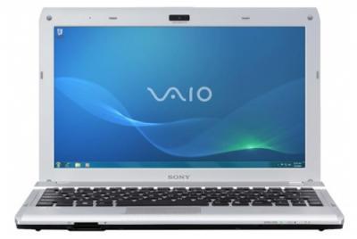 Ноутбук Sony VAIO VPCYB3Q1R/S - спереди