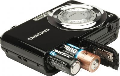 Компактный фотоаппарат Samsung ES9 (EC-ES9ZZZBABRU) Black - общий вид