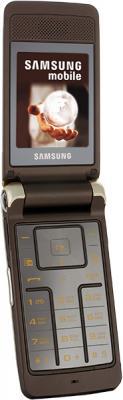 Мобильный телефон Samsung S3600 Gold (GT-S3600 XDISER) - в открытом виде