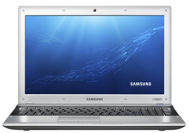 Ноутбук Samsung RV515 (NP-RV515-S05RU) - спереди