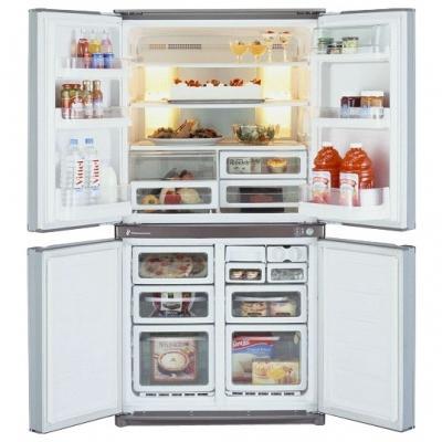 Холодильник с морозильником Sharp SJ-F78PESL - внутренний вид