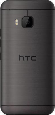 Смартфон HTC One / M9 (металлик) - вид сзади