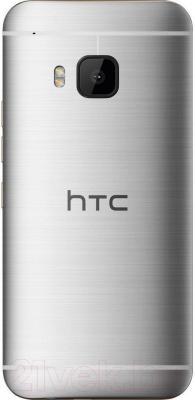 Смартфон HTC One / M9 (серебристый) - вид сзади