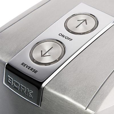 Мясорубка электрическая Bork M500 - кнопки управления