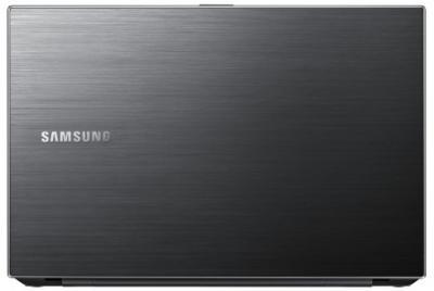 Ноутбук Samsung 305V5A (NP-305V5A-T02RU) - вид на крышку