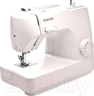 Швейная машина Singer 1507 - вполоборота
