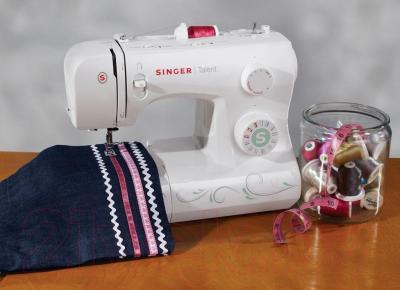 Швейная машина Singer Talent 3321 - в интерьере
