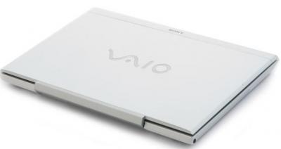 Ноутбук Sony VAIO VPCSB3M1R/W - закрытый