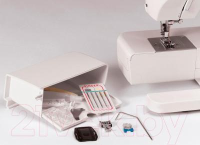 Швейная машина Singer Tradition 2259 - отсек для аксессуаров
