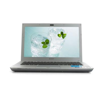Ноутбук Sony VAIO VPCSB3V9R/S - спереди