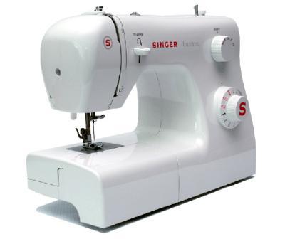 Швейная машина Singer 2250 - вид сбоку