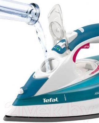 Утюг Tefal FV5375 - отверстие для залива воды