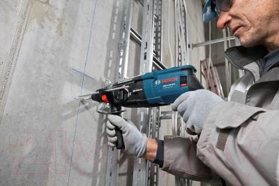 Профессиональный перфоратор Bosch GBH 2-28 DFV Professional (0.611.267.200) - в работе