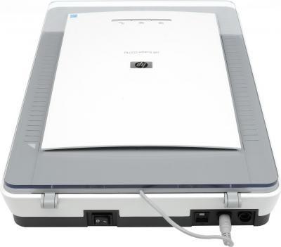 Планшетный сканер HP ScanJet G2710 (L2696A) - общий вид