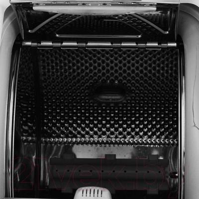Стиральная машина Whirlpool AWE 6314/1 - вид внутри