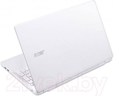Ноутбук Acer Aspire V3-572G-50SQ (NX.MSQER.006) - вид сзади