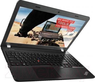 Ноутбук Lenovo ThinkPad E555 (20DH001TRT) - вполоборота