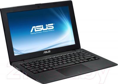 Ноутбук Asus X200MA-KX433H - вполоборота