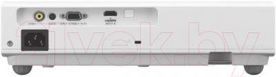 Проектор Sony VPL-DX102 - вид сзади