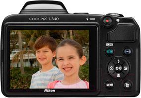 Компактный фотоаппарат Nikon Coolpix L340 (черный) - вид сзади