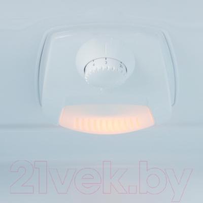 Холодильник с морозильником Beko CS325000S - освещение