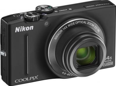 Компактный фотоаппарат Nikon Coolpix S8200 (Black) - общий вид