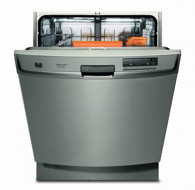 Посудомоечная машина Electrolux ESF 67060 XR - вид спереди