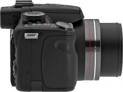 Беззеркальный фотоаппарат Panasonic Lumix DMC-FZ100  - вид сбоку