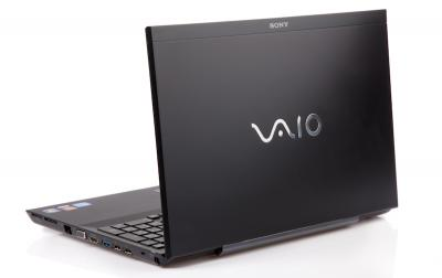 Ноутбук Sony VAIO VPCSE1V9R/B - сзади