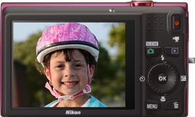 Компактный фотоаппарат Nikon Coolpix S6200 Pink - вид сзади