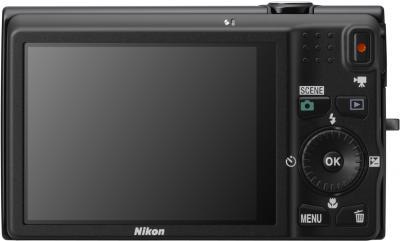 Компактный фотоаппарат Nikon Coolpix S6200 Black - общий вид