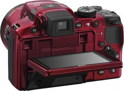 Компактный фотоаппарат Nikon COOLPIX P510 Red - поворотный экран