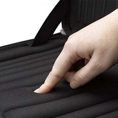 Сумка для ноутбука Case Logic QNS-113 - мягкий материал