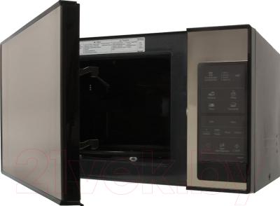 Микроволновая печь Samsung ME83XR - с открытой крышкой 1