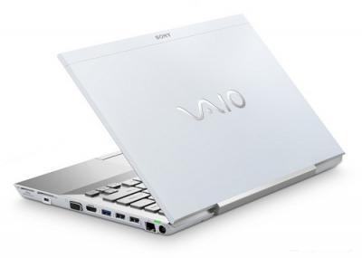 Ноутбук Sony VAIO VPCSB4M1R/W - Вид сзади