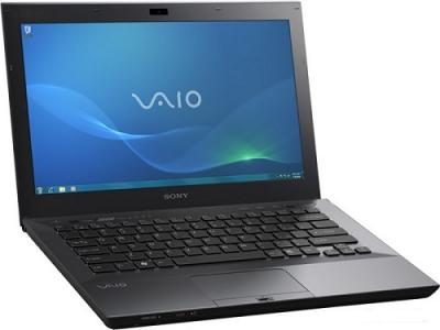 Ноутбук Sony VAIO VPC-SB4V9R/B - Вид сбоку