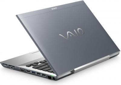 Ноутбук Sony VAIO VPCSB4V9R/S - сзади