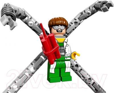 Конструктор Lego Super Heroes Кража грузовика Доктора Осьминога (76015) - фигурка