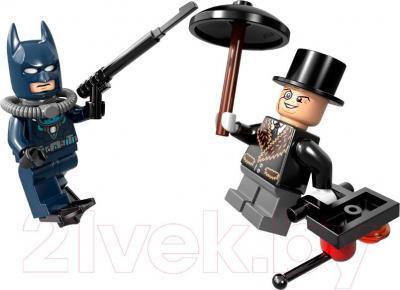 Конструктор Lego Super Heroes Бэтмен: Пингвинья Битва (76010) - фигурка
