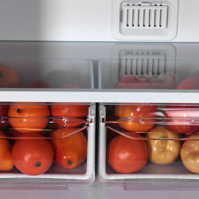 Холодильник с морозильником Indesit DF 5160 W