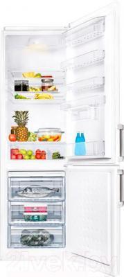Холодильник с морозильником Beko CS338020BA