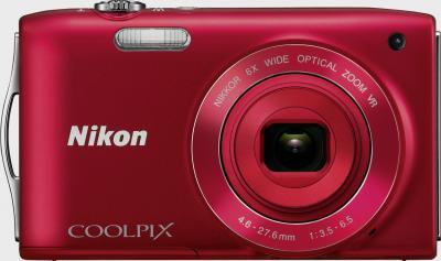 Компактный фотоаппарат Nikon Coolpix S3300 Red - вид спереди