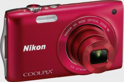 Компактный фотоаппарат Nikon Coolpix S3300 Red - общий вид
