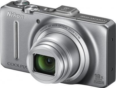 Компактный фотоаппарат Nikon Coolpix S9300 Silver - общий вид