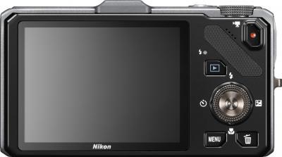 Компактный фотоаппарат Nikon Coolpix S9300 Silver - вид сзади