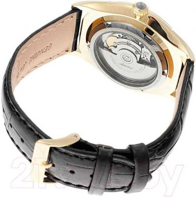 Часы мужские наручные Adriatica A2804.1213A