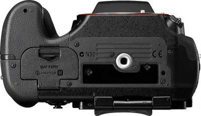 Зеркальный фотоаппарат Sony Alpha SLT-A77VK - вид снизу