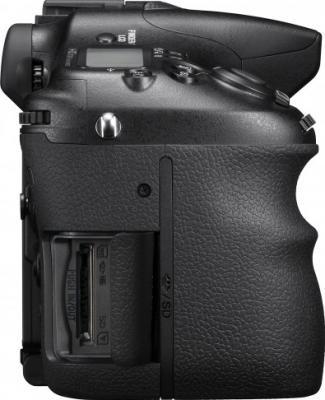 Зеркальный фотоаппарат Sony Alpha SLT-A77VK - разъемы