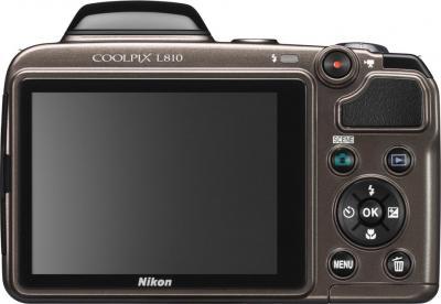 Компактный фотоаппарат Nikon COOLPIX L810 Bronze - Вид сзади