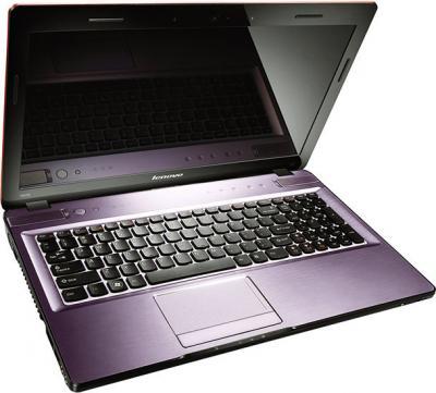 Ноутбук Lenovo IdeaPad Y570 (59320366) - спереди